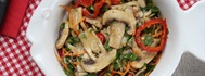 Sebzeli Ilık Mantar Salatası