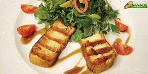 İsli Çerkez Peyniri Salatası