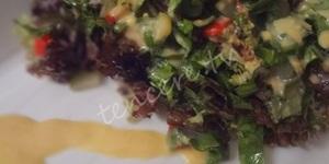 Hardal Soslu Yeşillik Salata