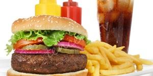 Hamburger ve kola tüketenler dikkat
