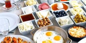 Kahvaltıda kurban eti yemeyin