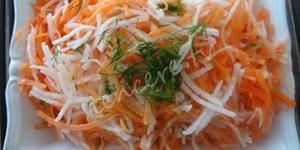 Turplu Havuç Salatası