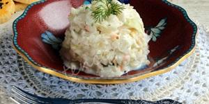 Sirkeli Yoğurtlu Lahana Salatası