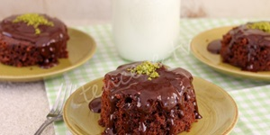 Mikrodalgada Çikolatalı Kek