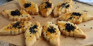 Tulum Peynirli Yaprak Kraker